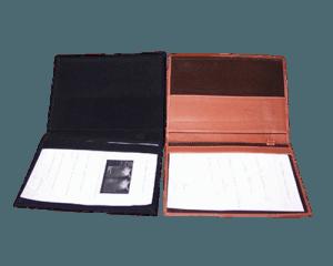 Las agendas y carpetas en la oficina